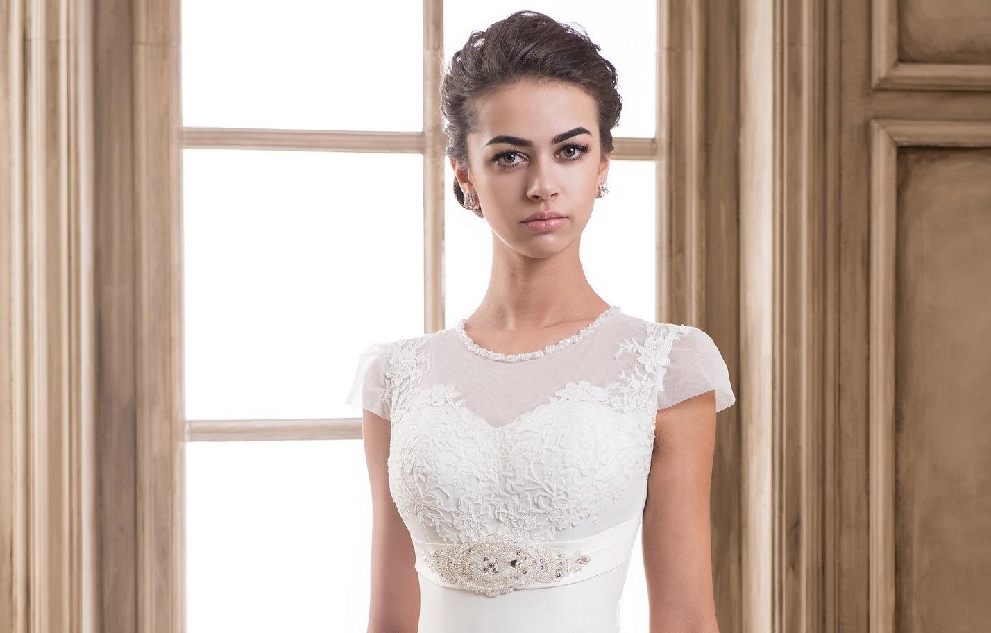 Empire style wedding dresses