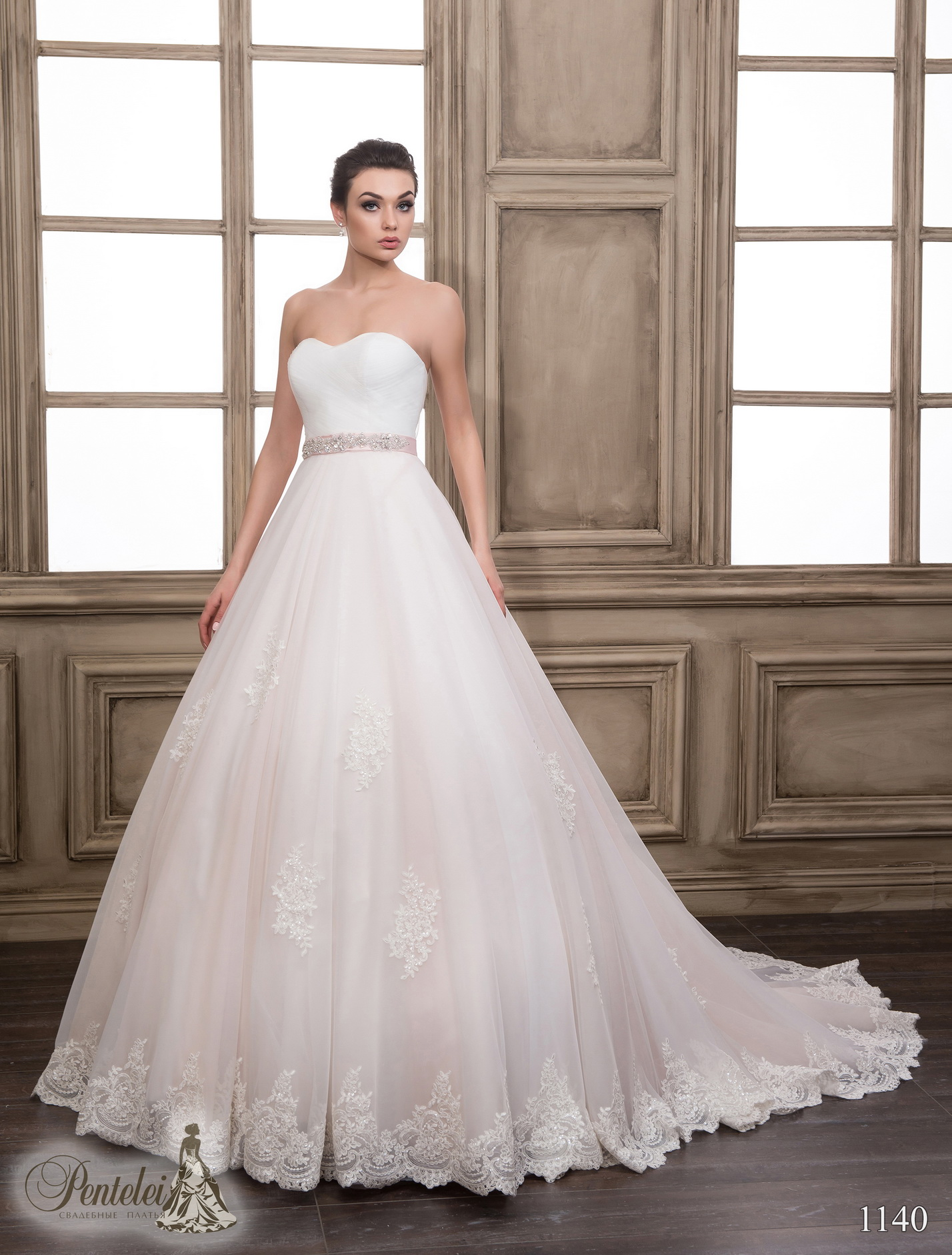 1140 | Buy wedding dresses wholesale from Pentelei
