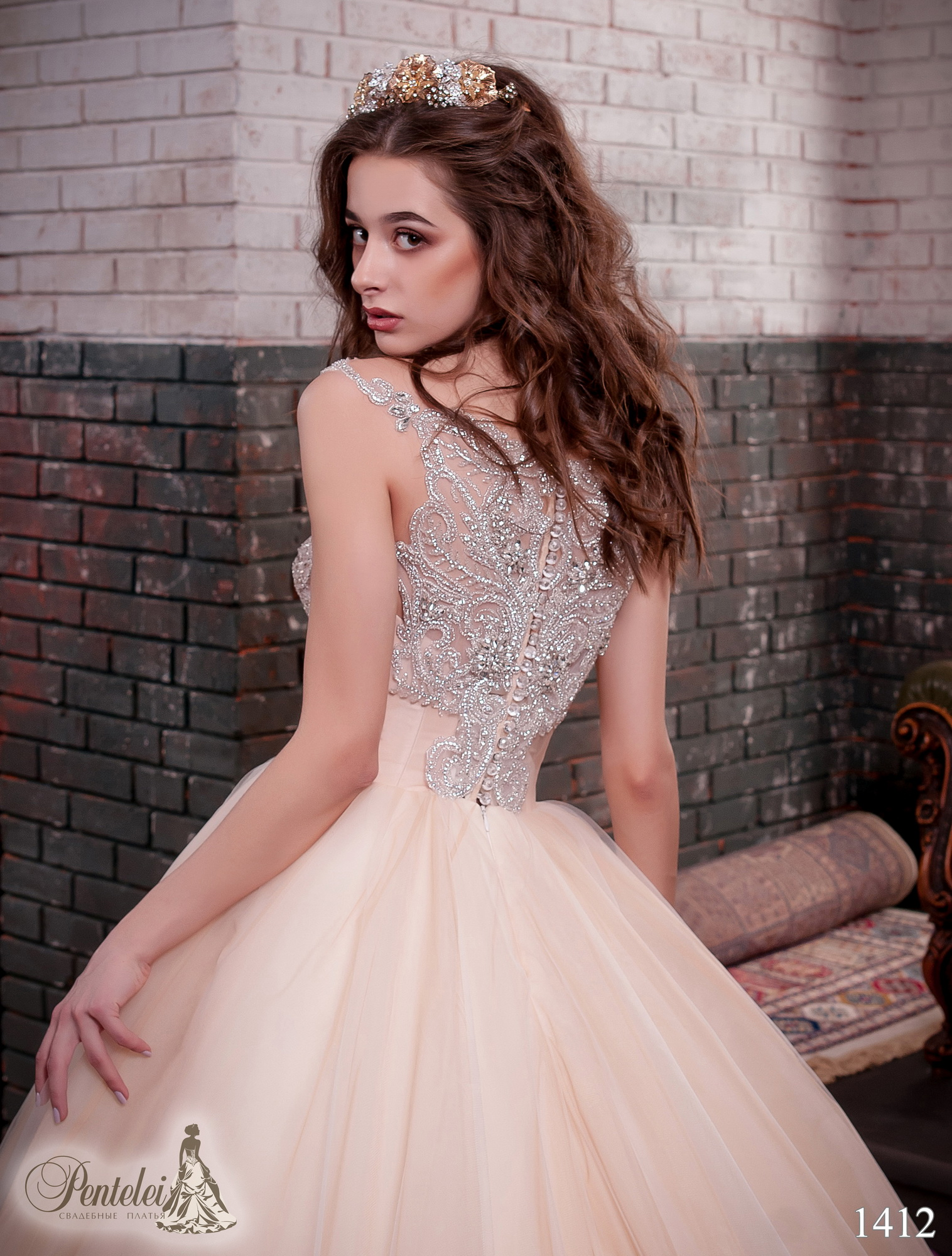 1412 | Buy wedding dresses wholesale from Pentelei
