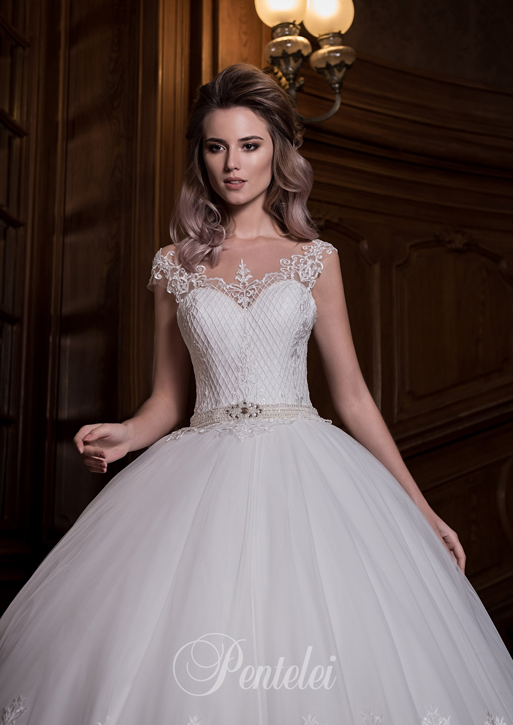 1702 | Buy wedding dresses wholesale from Pentelei