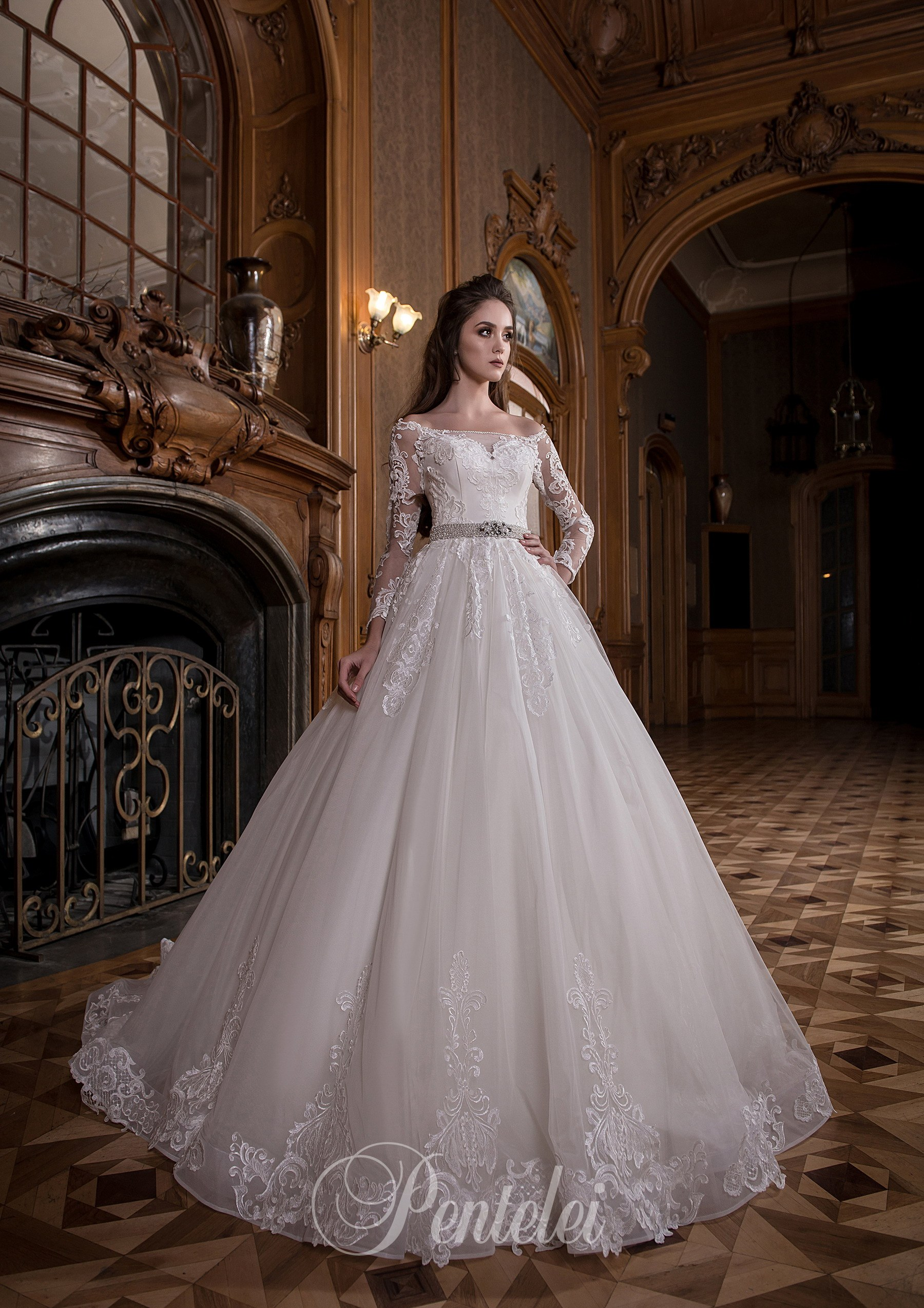1707 | Buy wedding dresses wholesale from Pentelei