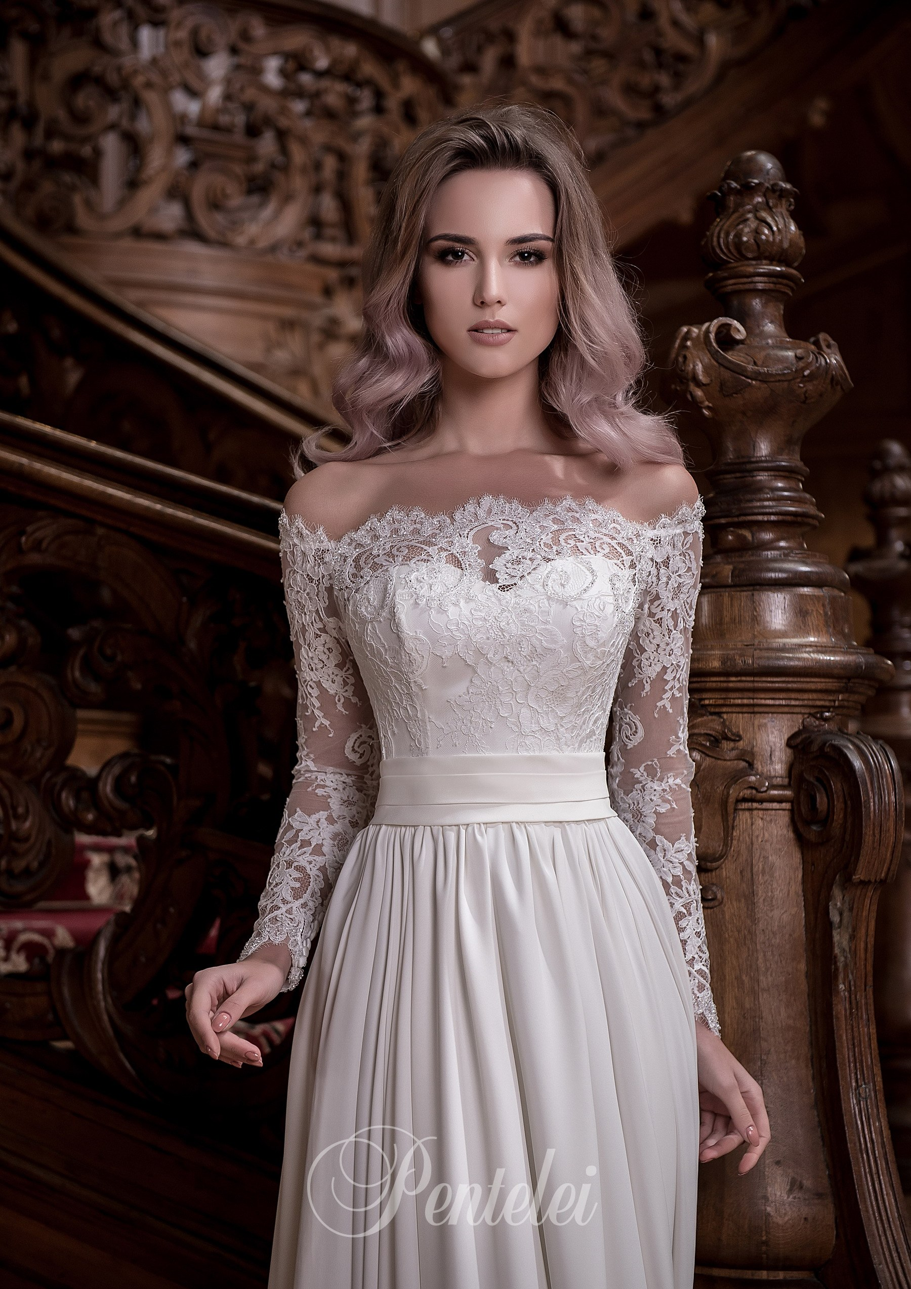 Split leg wedding dress