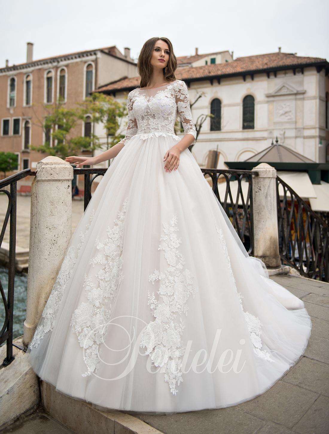 Кружевные свадебные платья оптом от Pentelei