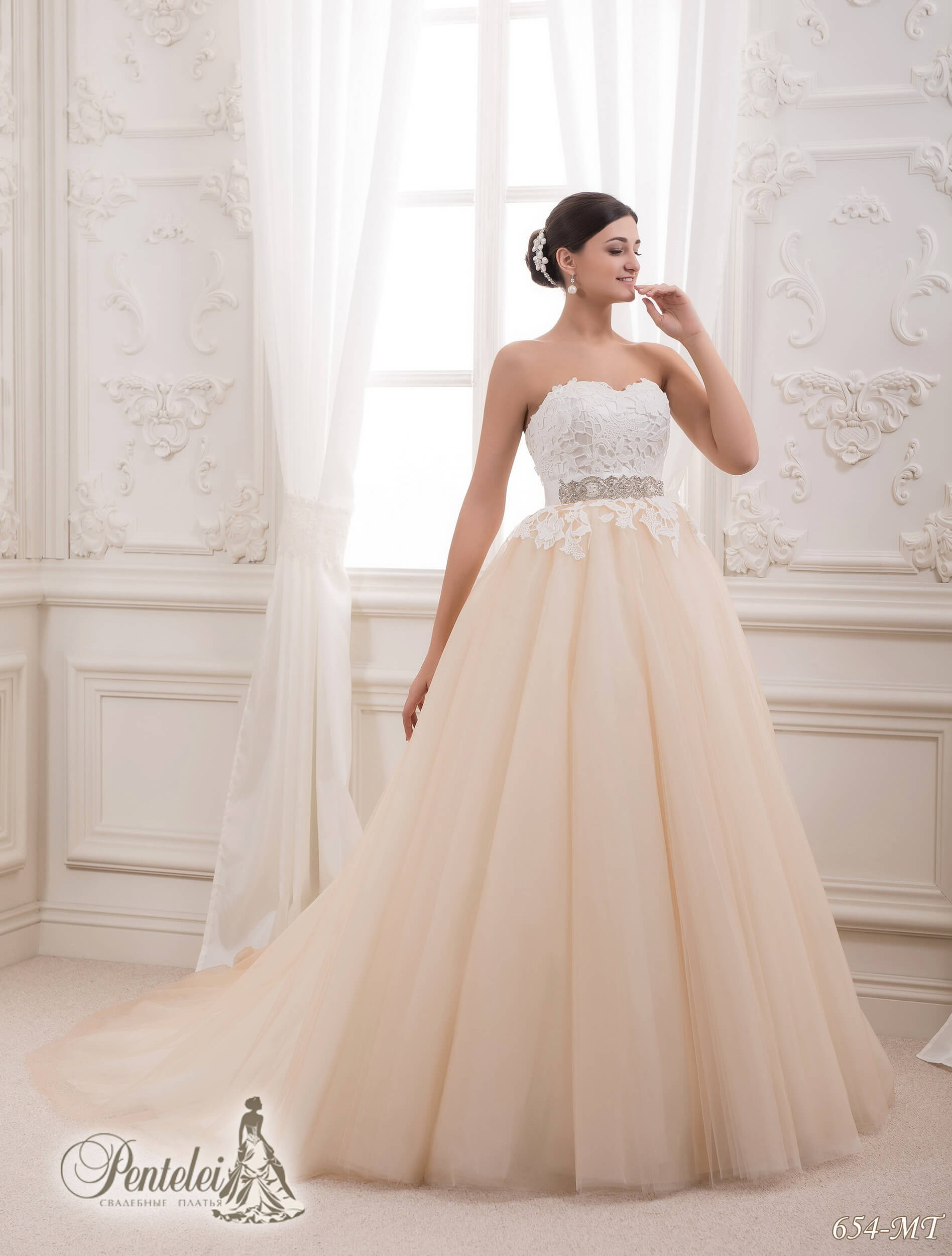 654-MT | Cumpăra rochii de mireasă en-gros de Pentelei