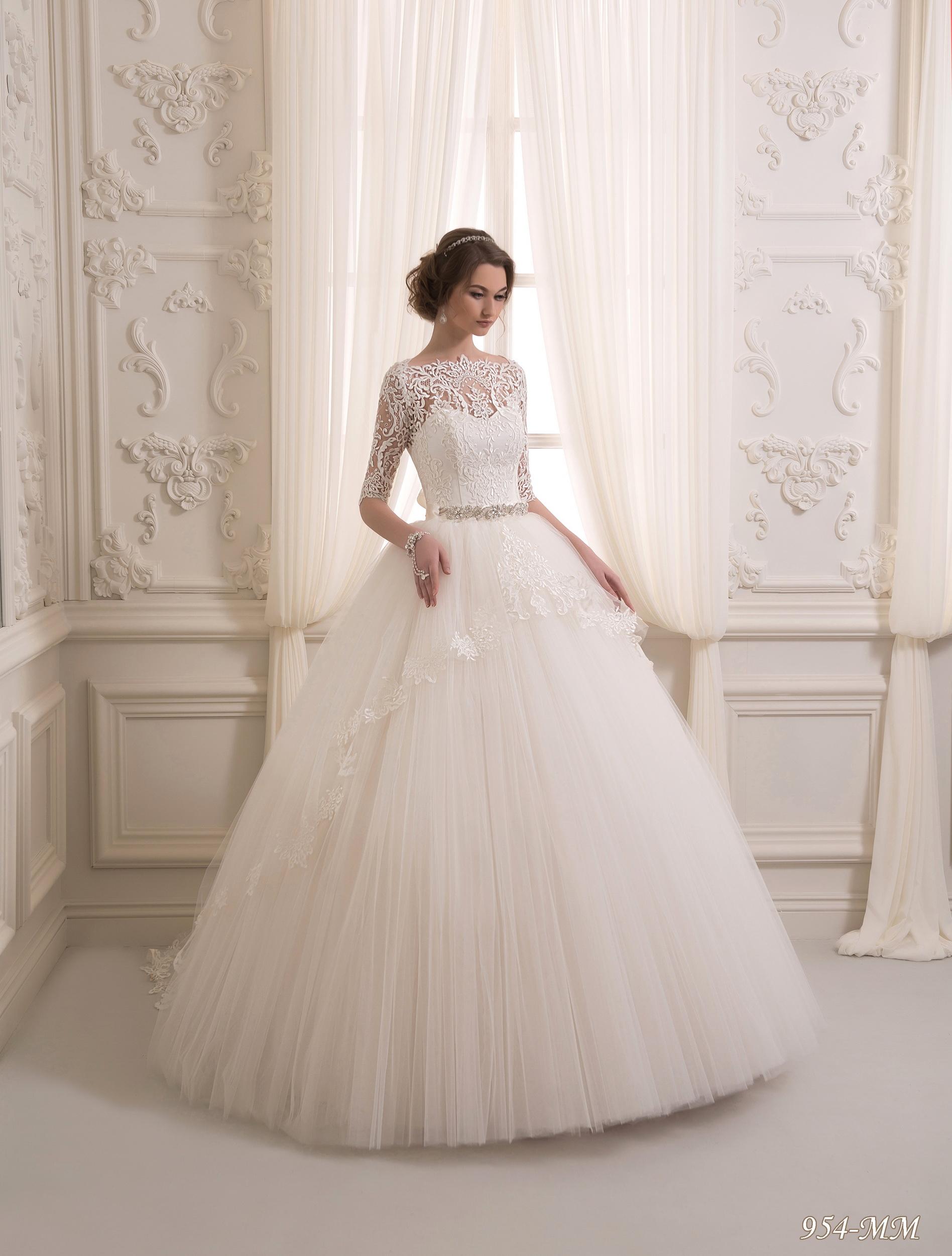 954-MM | Buy wedding dresses wholesale from Pentelei