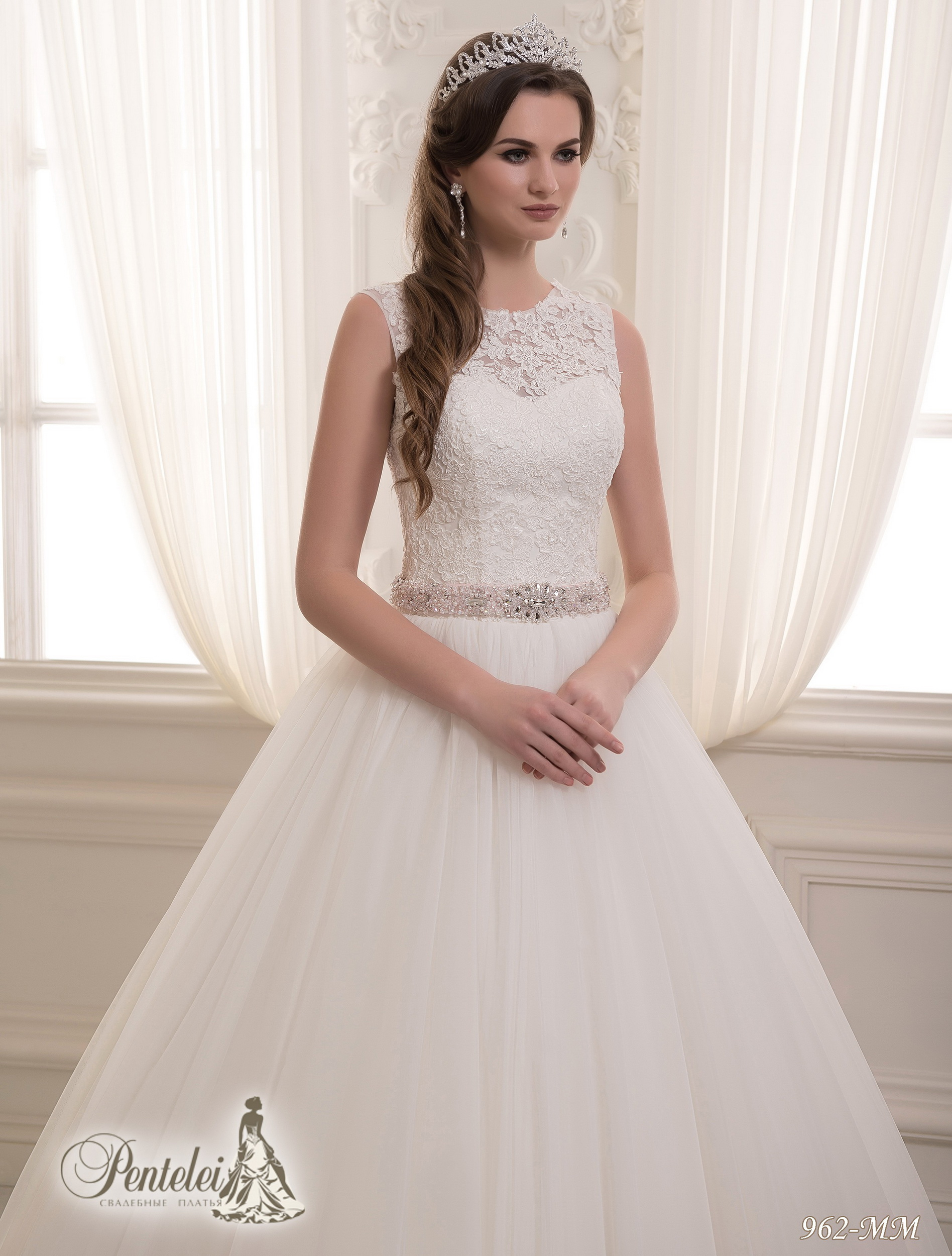 962-MM | Buy wedding dresses wholesale from Pentelei