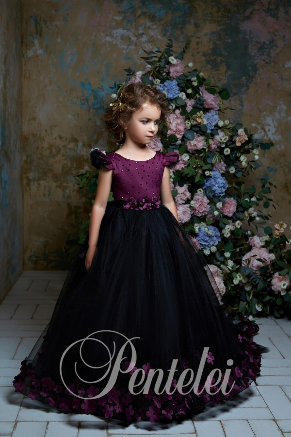 Children's dress with a multi-layer skirt and floral appliqués wholesale from Pentelei