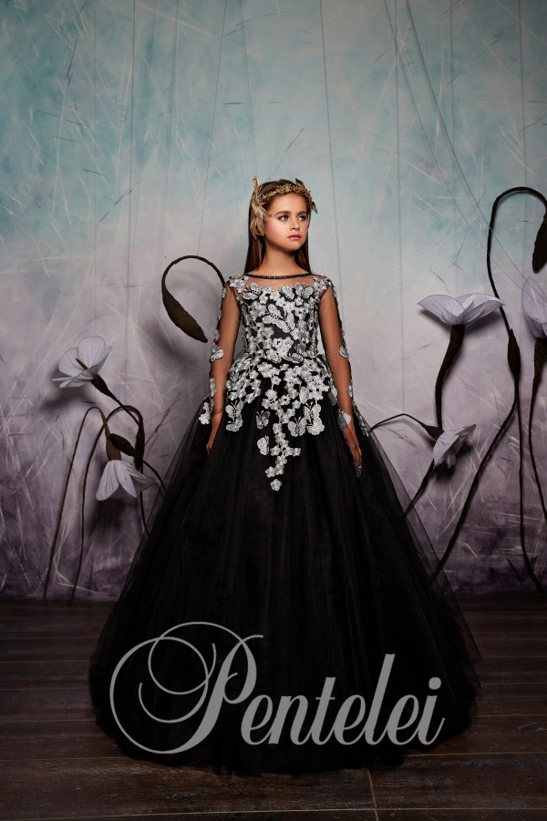 Baby dress with fatinovy skirt and floral appliques wholesale from Pentelei