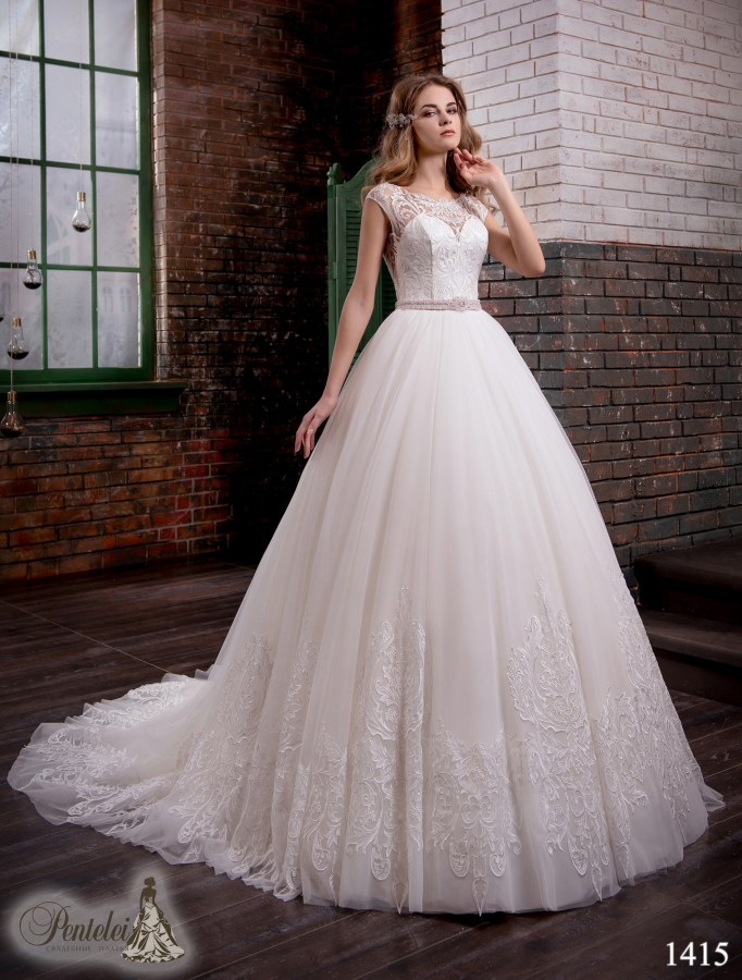 1415 | Buy wedding dresses wholesale from Pentelei