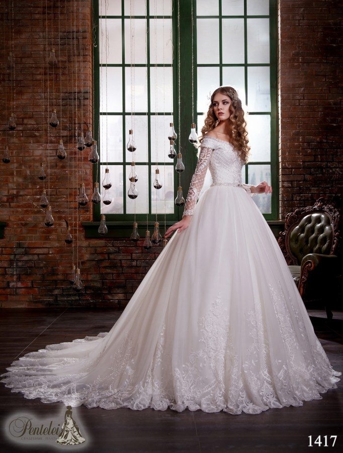1417 | Buy wedding dresses wholesale from Pentelei