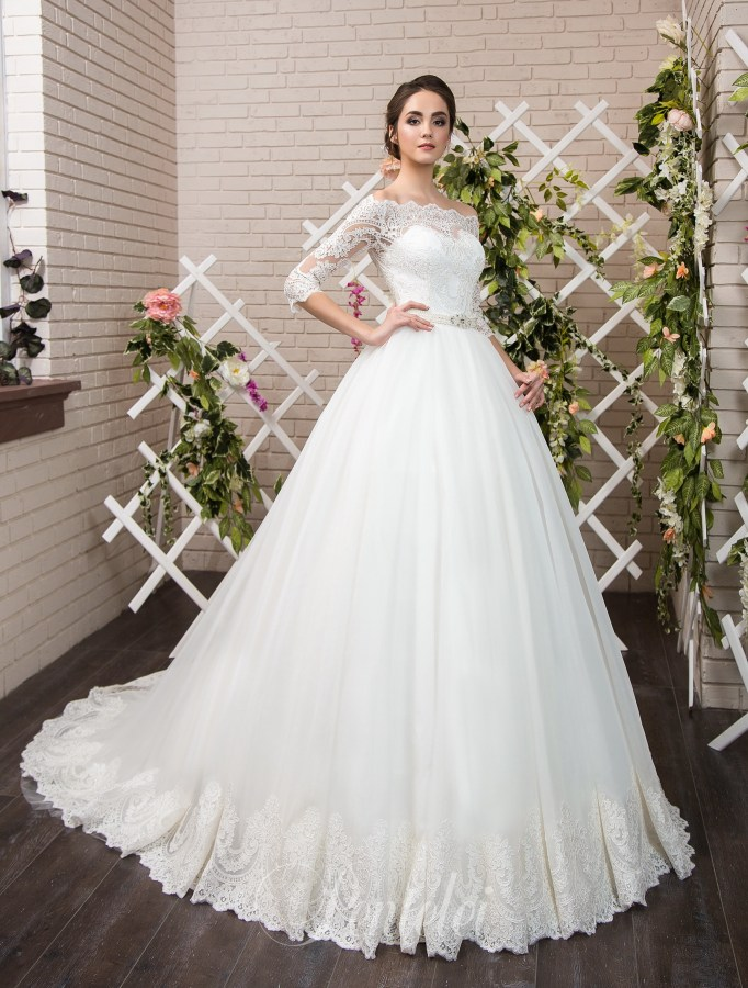 1805 | Buy wedding dresses wholesale from Pentelei
