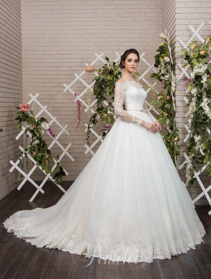 1807 | Buy wedding dresses wholesale from Pentelei