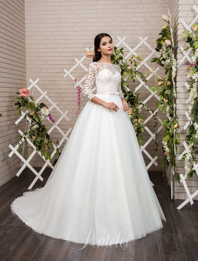 1808 | Buy wedding dresses wholesale from Pentelei