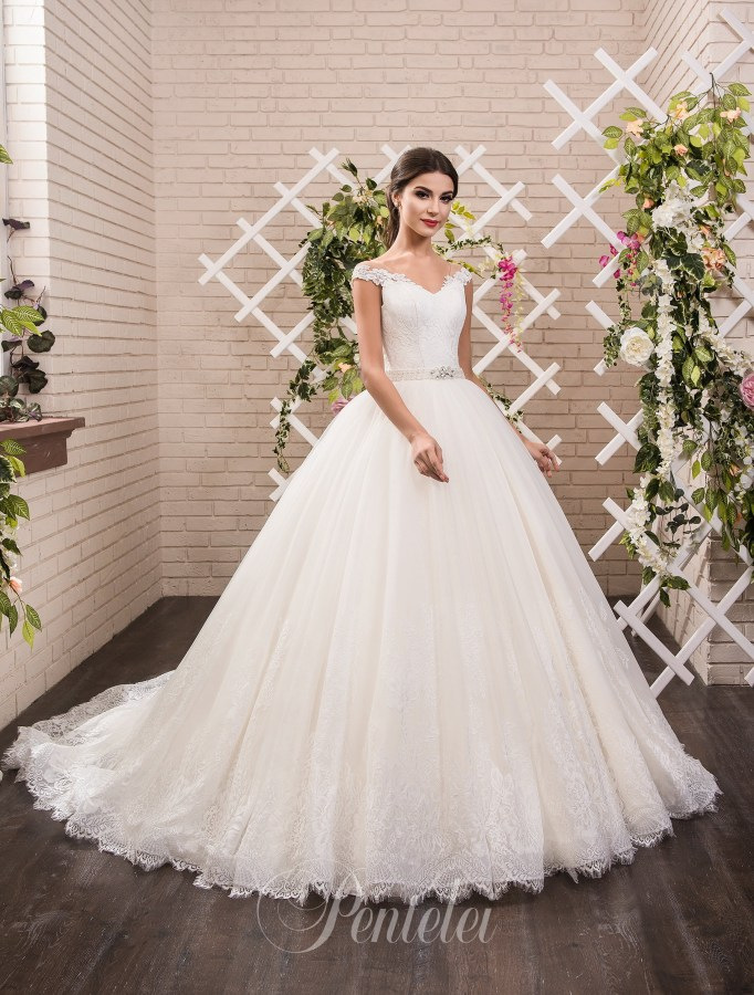 1811 | Buy wedding dresses wholesale from Pentelei