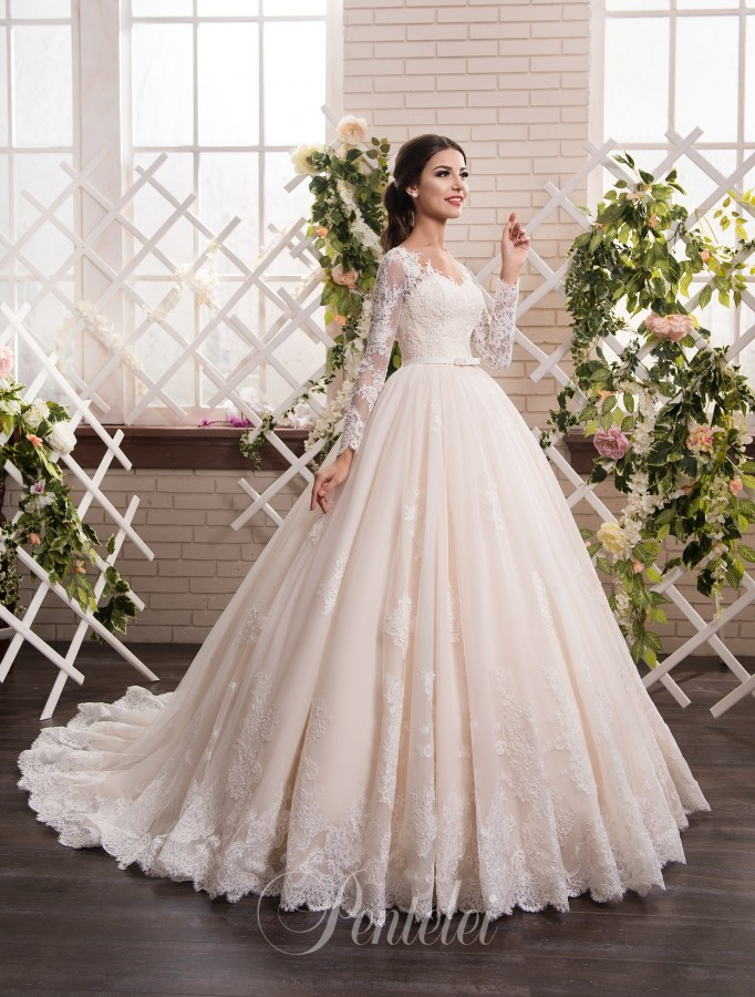 1813 | Buy wedding dresses wholesale from Pentelei