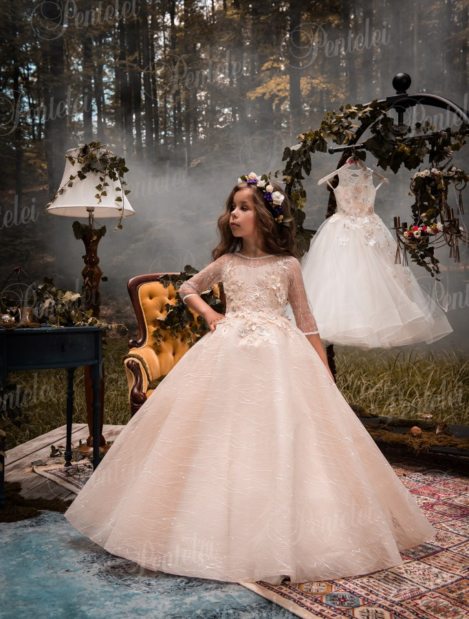 2417776ac7d857 Купити нарядні дитячі сукні оптом від виробника Pentelei