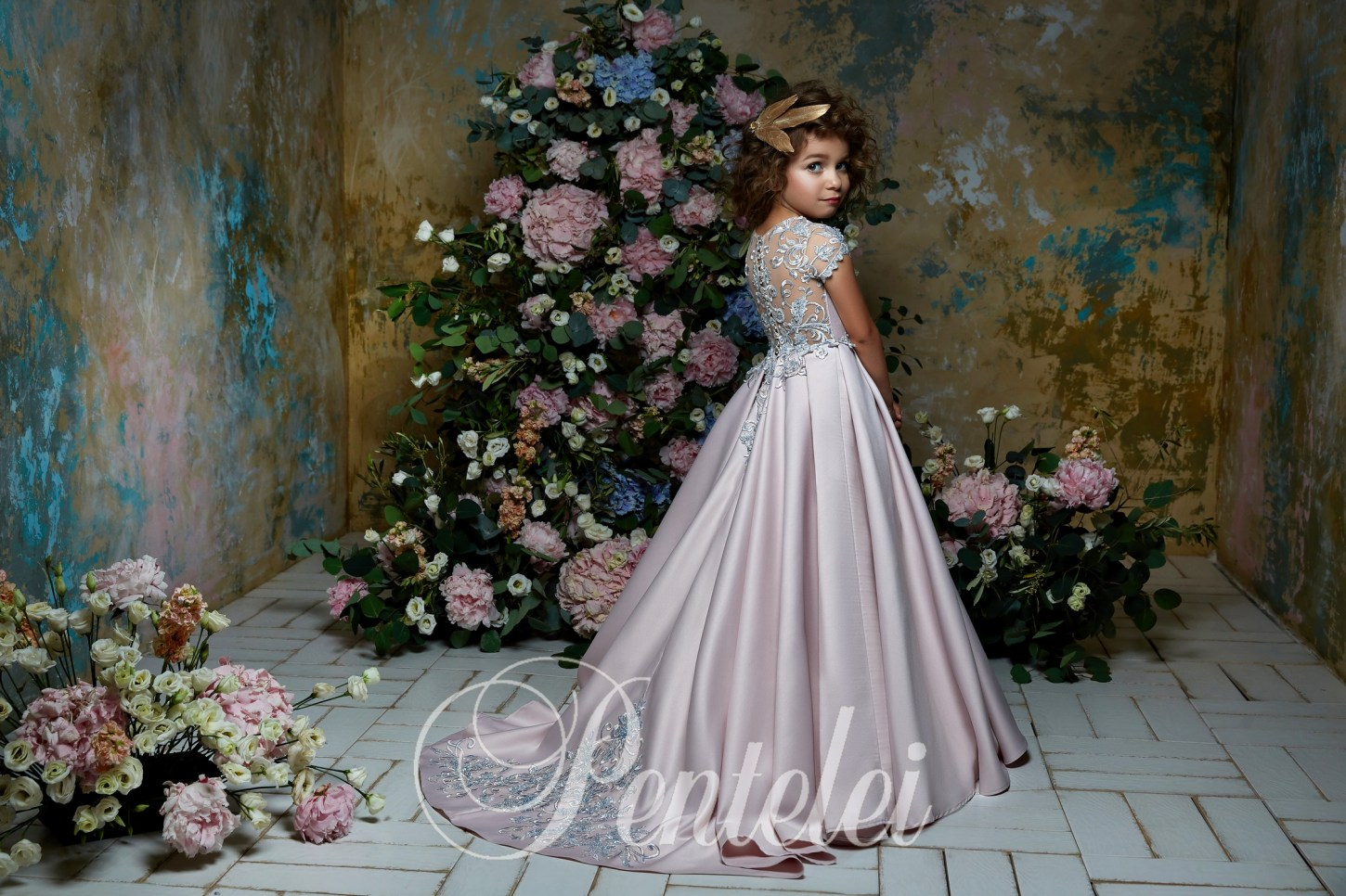 25b9fc6d7 Children's dress wholesale with a full skirt and small sleeves from Pentelei
