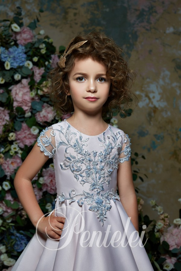Children's dress wholesale with a full skirt and small sleeves from Pentelei