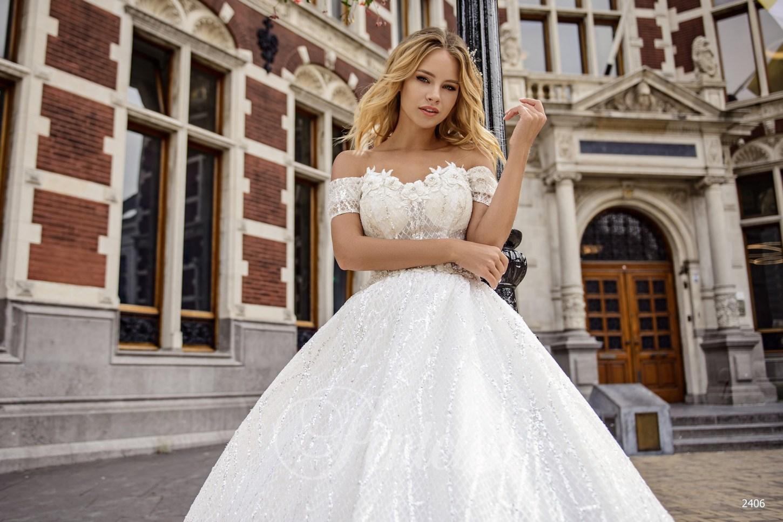 8fce02a71fc1c7 Весільна сукня з приспущеними бретелями   Купити весільні сукні оптом від  Pentelei