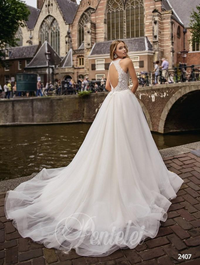 c840bb2464bc58 Весільна сукня з м'яким корсетом   Купити весільні сукні оптом від Pentelei