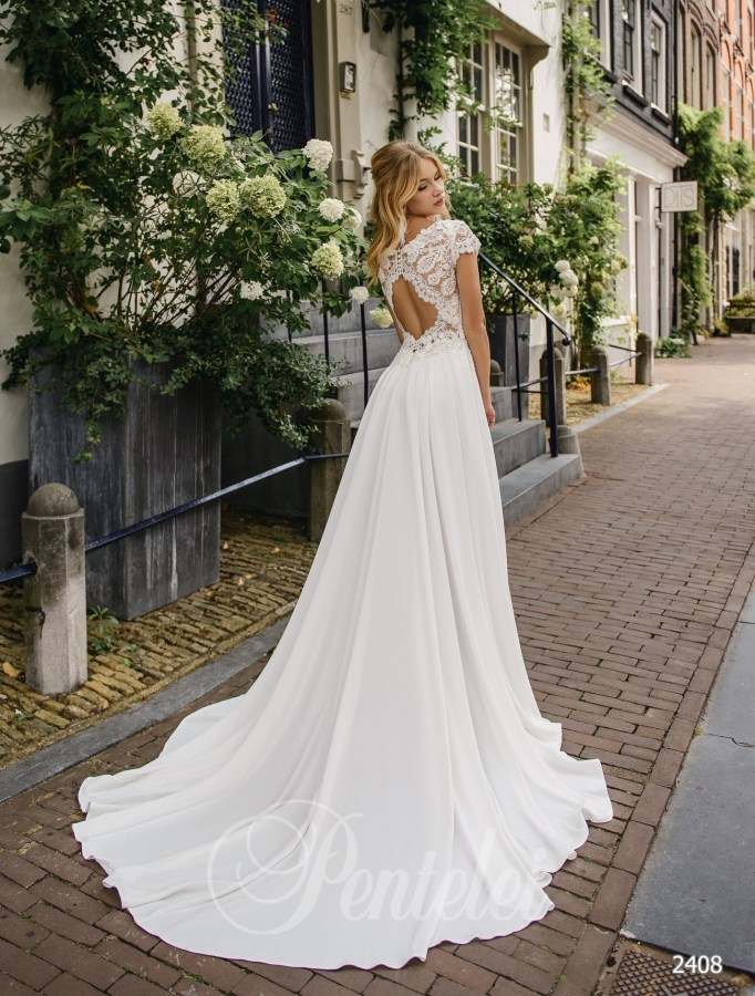 Straight wedding dress | Buy wedding dresses wholesale from Pentelei