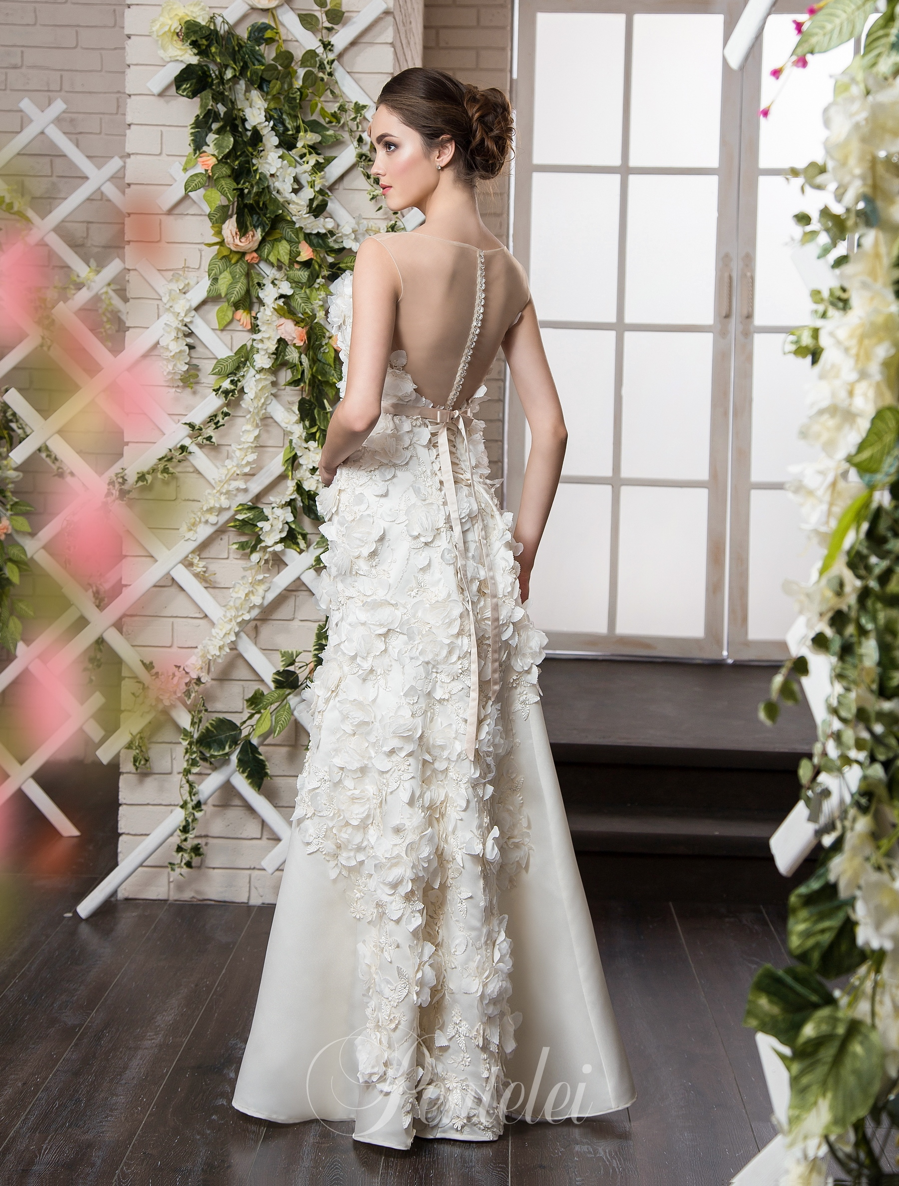 2024 Buy Wedding Dresses Wholesale From Pentelei