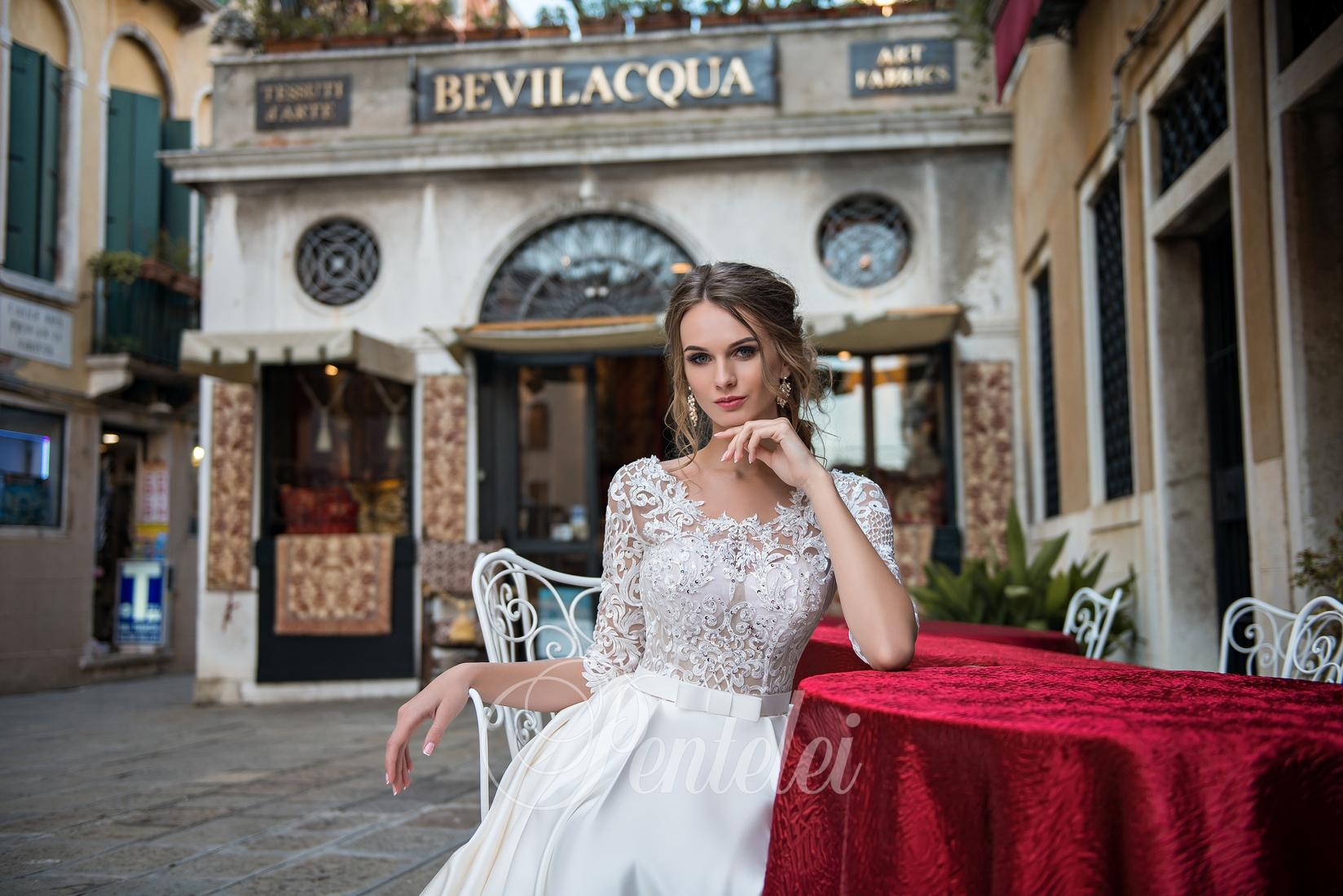 1746c04334b75a ТОП-3 весільні сукні з мережива