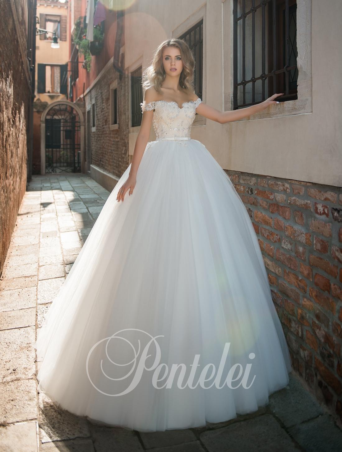 Пышное бальное свадебное платье от Pentelei