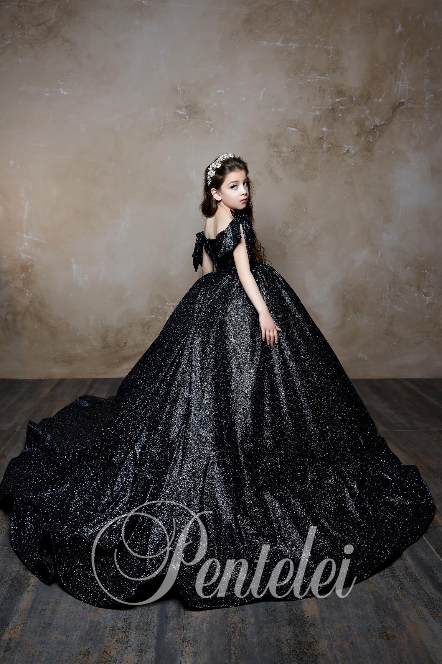 Вечернее пышное детское платье
